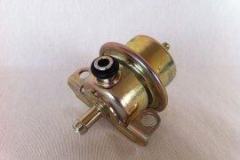 Benzindruckregler / Kraftstoffdruckregler 4bar G60